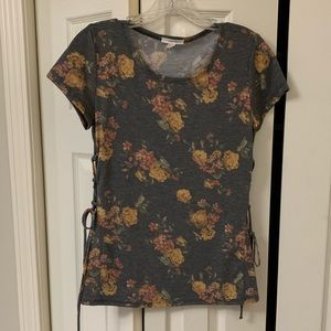 Maurice's lace up sides floral shirt